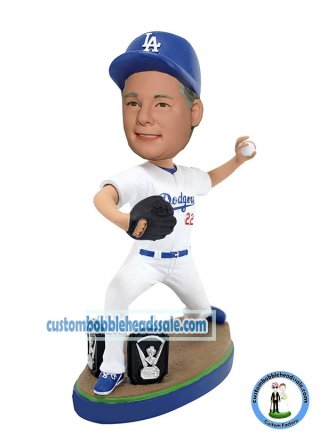 Customized Sports Bobbleheads Baseball Picther In Posing-Basebal