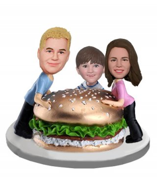 Family Bobbleheads Happy Lunch With Hamburger