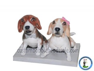 Customized Pets Bobbleheads Lying Down On The Ground Pet Wedding